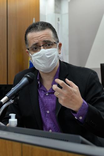 Para Hugo René, discussão deve ser feita após a pandemia