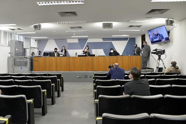 Comissão especial recomenda alterações na PEC da previdência