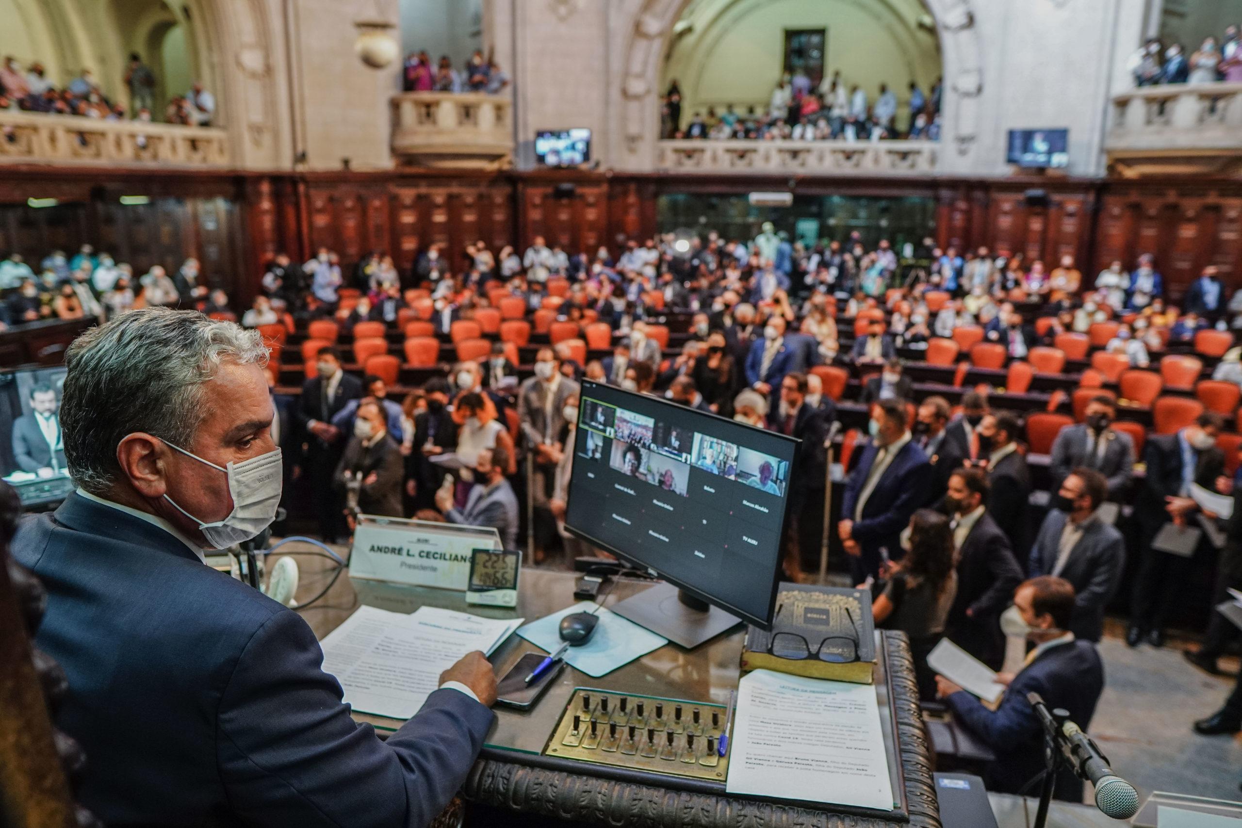 O Regime de Recuperação Fiscal é uma CILADA. Uma lição que vem do Rio de Janeiro.