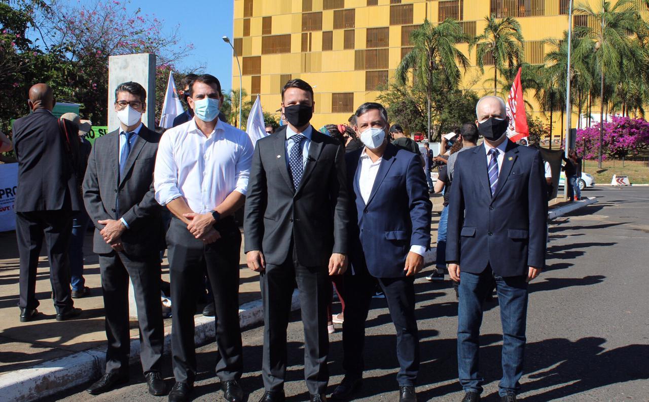 Entidades fazem mobilização em Brasília contra a reforma administrativa na pandemia