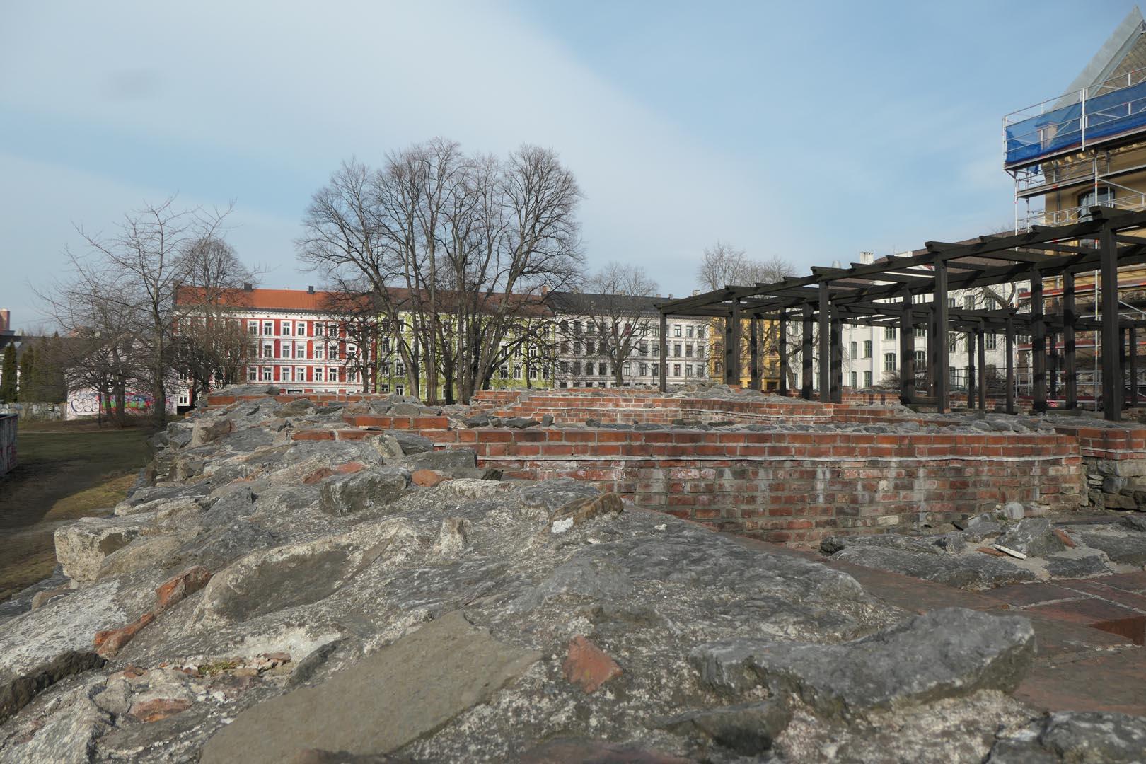 Middelalderbyen Oslo - 002