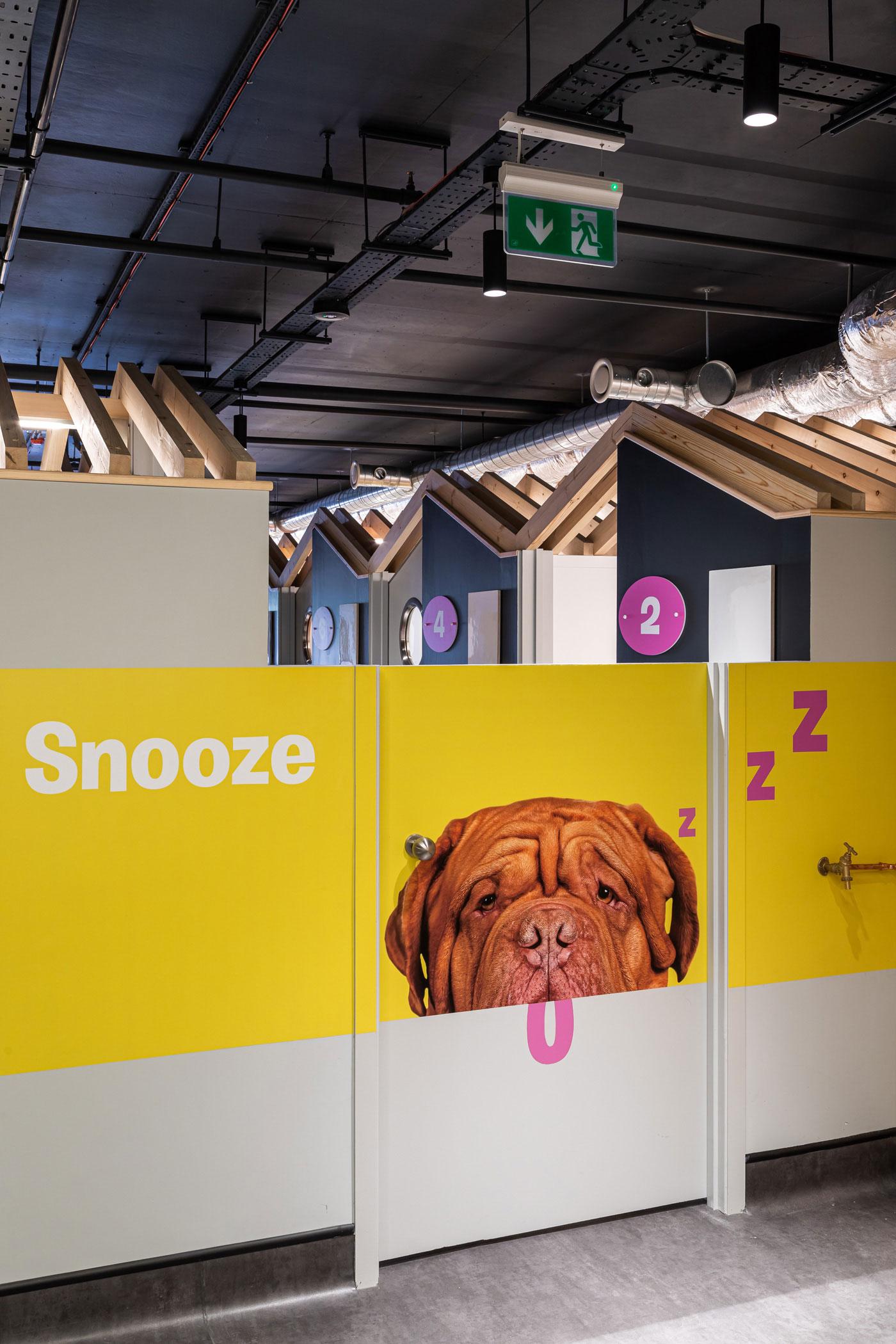 Sleep huts entrance