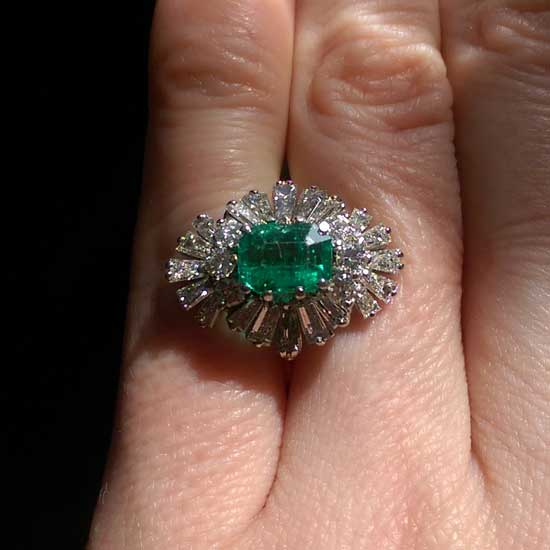 vintage emerald and diamond ring for remodelling