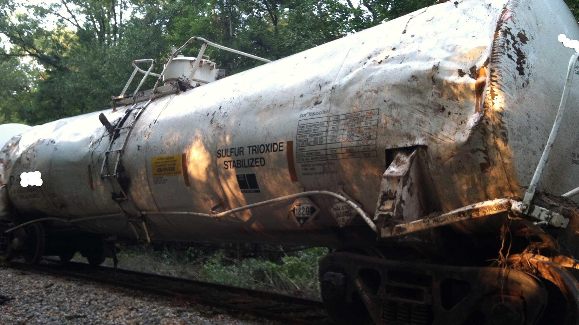 sulfur trioxide cylinder on a railroad track