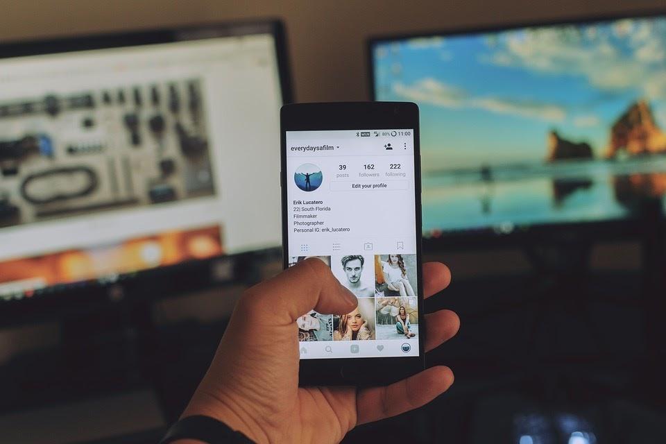 Mobile, Phone, Social Media, Media, Electronic, Gadget