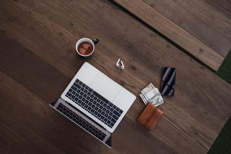 Remote office flatlay