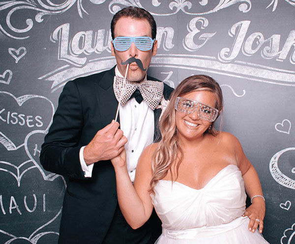 couple in photobooth