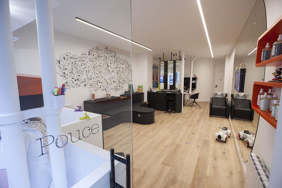 Photo de l'intérieur du salon Pouce concept inclusif