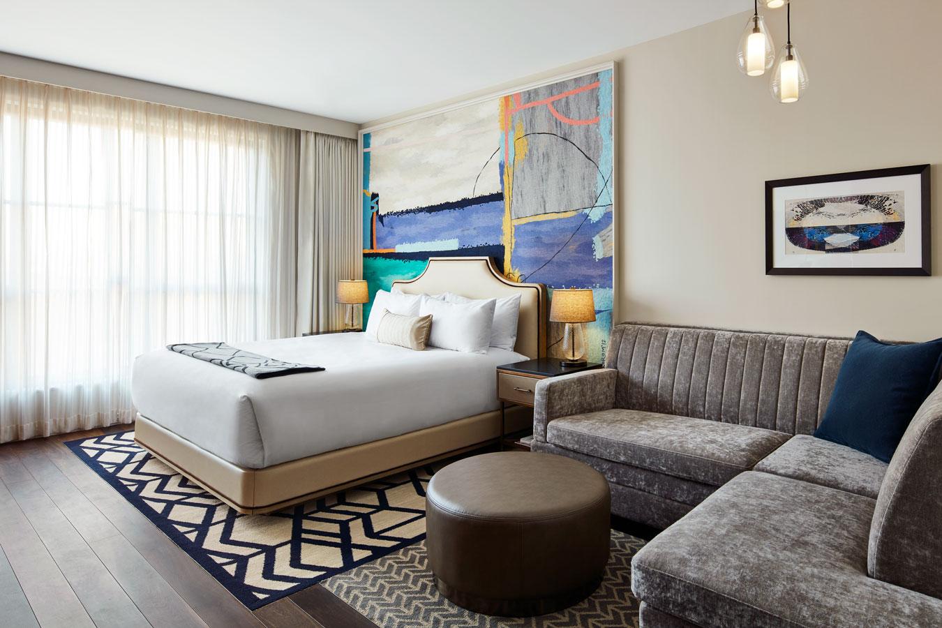 grec-sophy-hotel-chicago