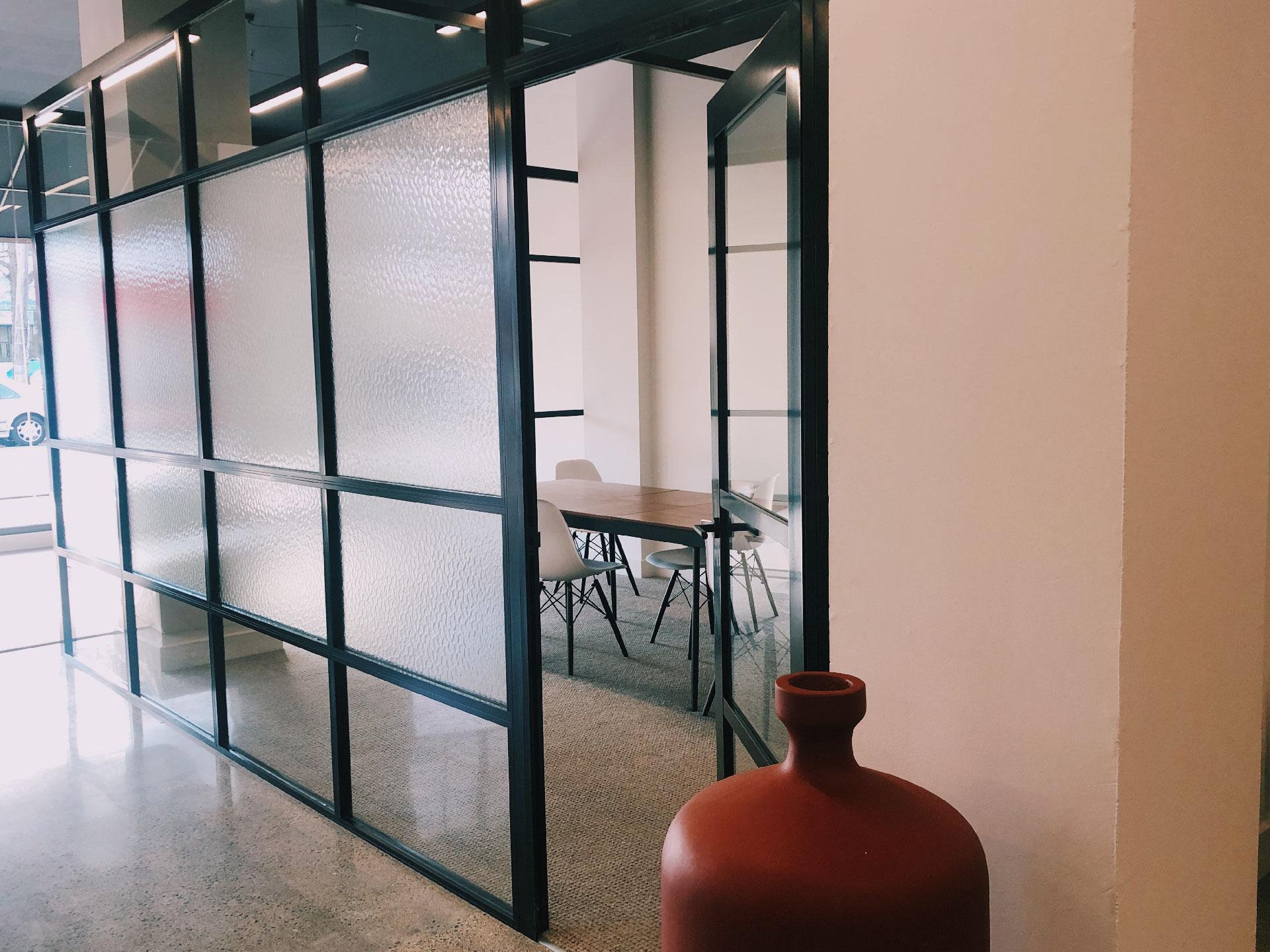 attraction studio workspace meeting room