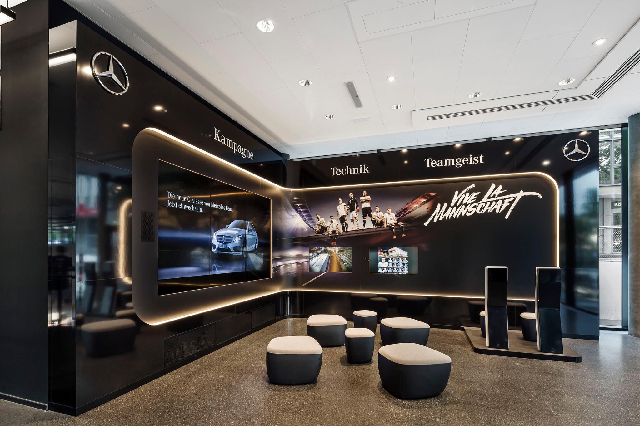 Showroom, Mercedes Benz
