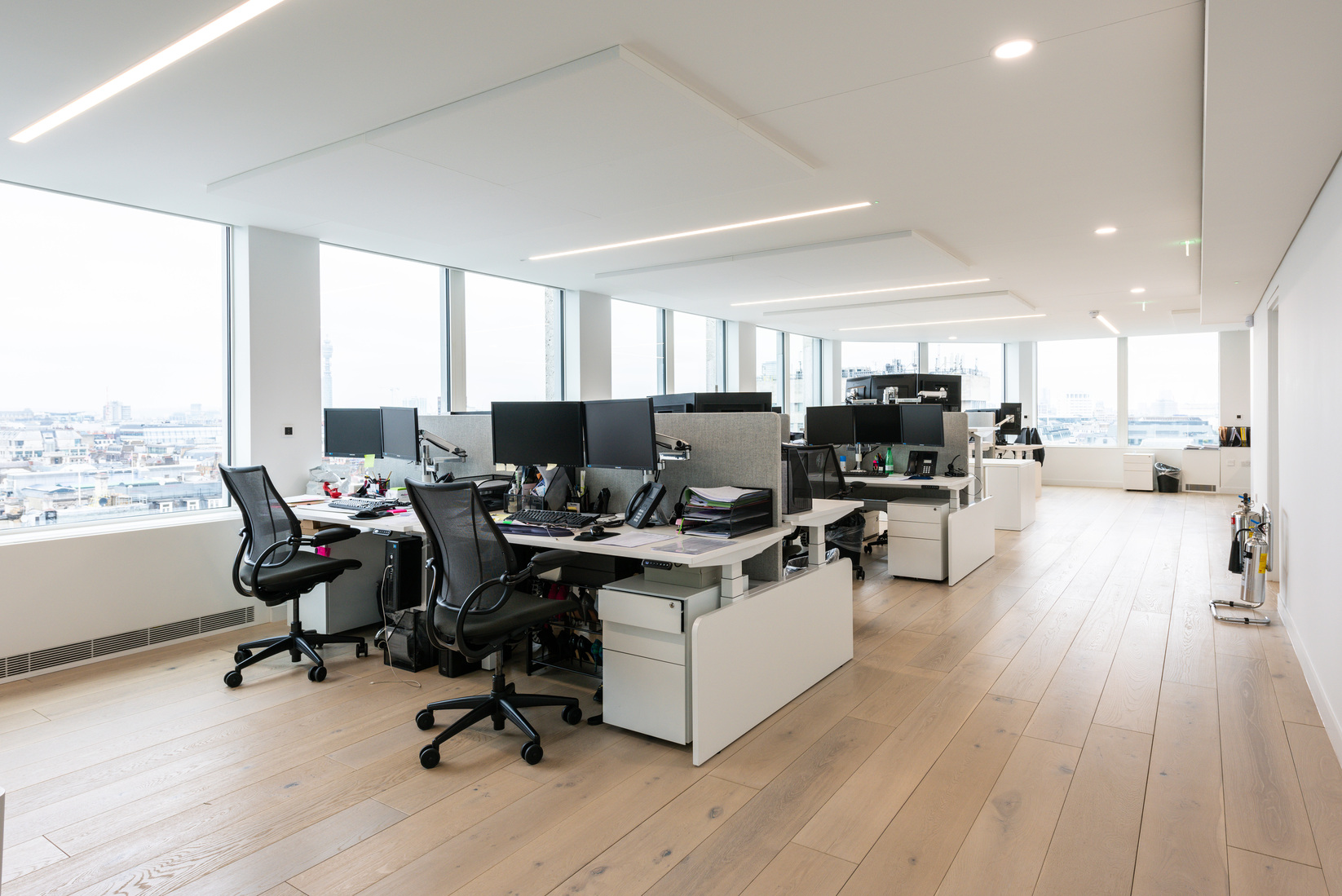 Pelham Capital Workstations