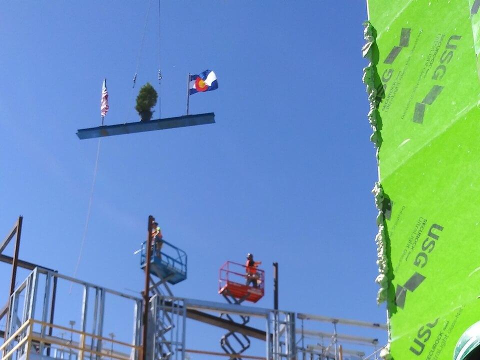 Final beam crane hoist