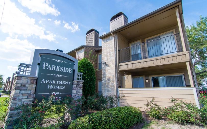 Parkside Apartment Homes