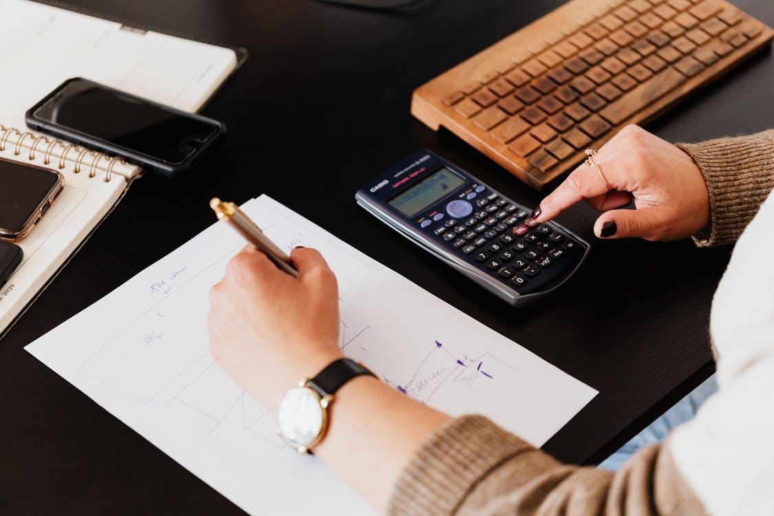Comment faire une facture en bonne et due forme ?