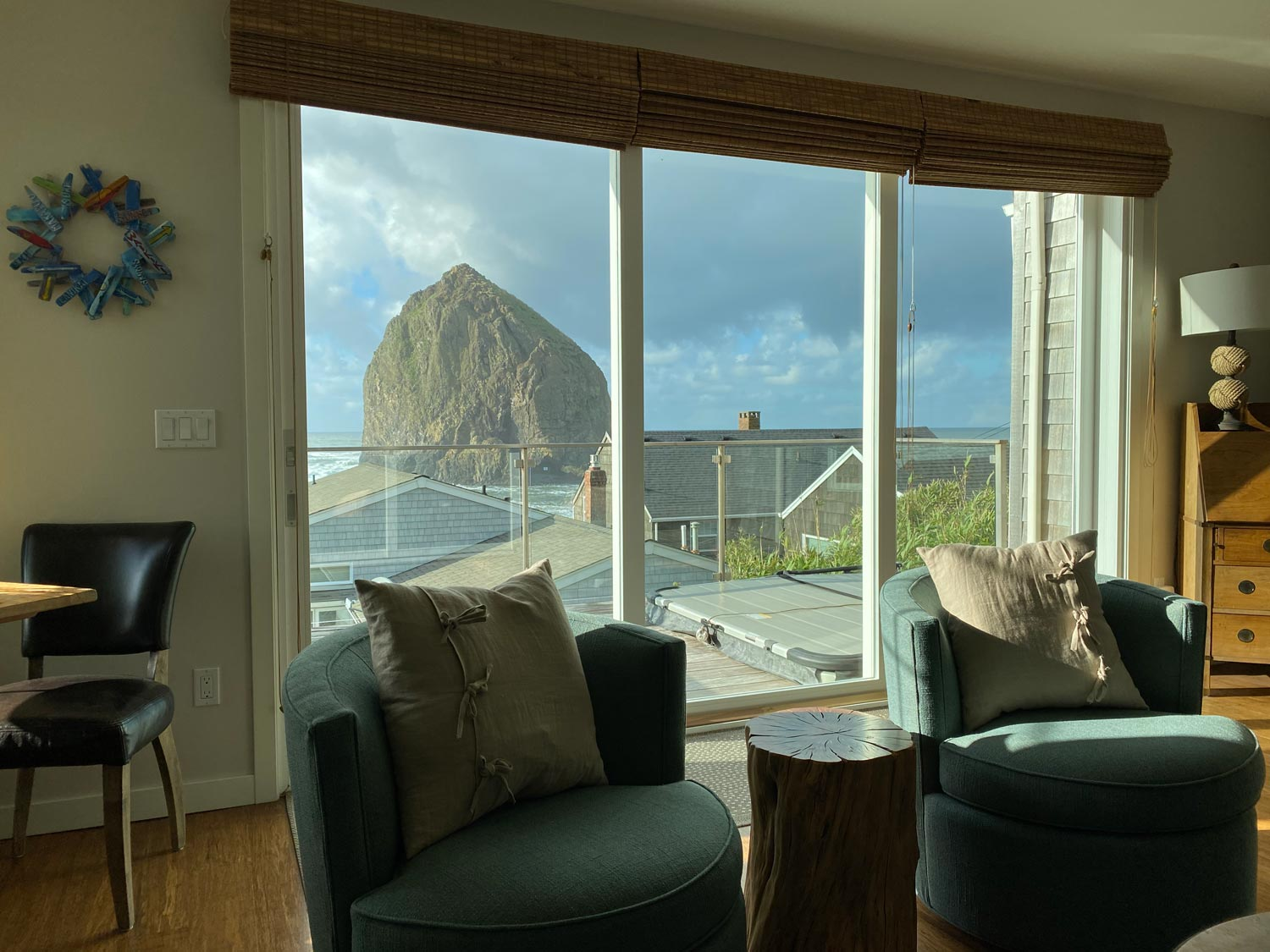 Professional window cleaning in Cannon Beach, Oregon