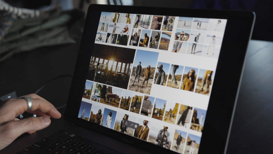 Gallery of Images on a computer screen