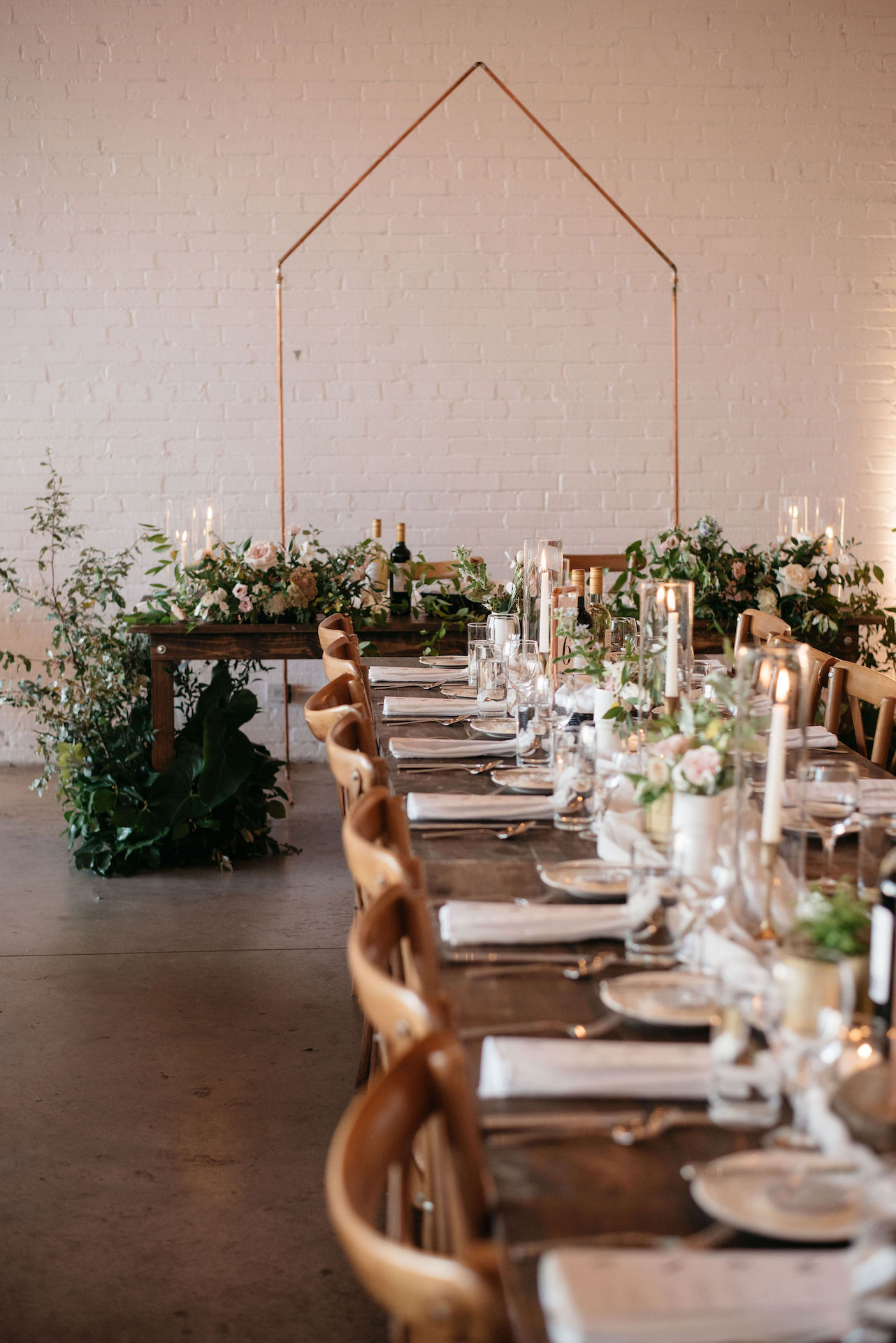 Wedding table and flowers