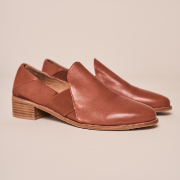 Ara Elastic Detail Wood Block Shoe