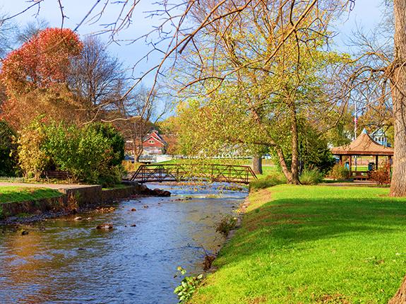 Bridge over stream in Brookside Park