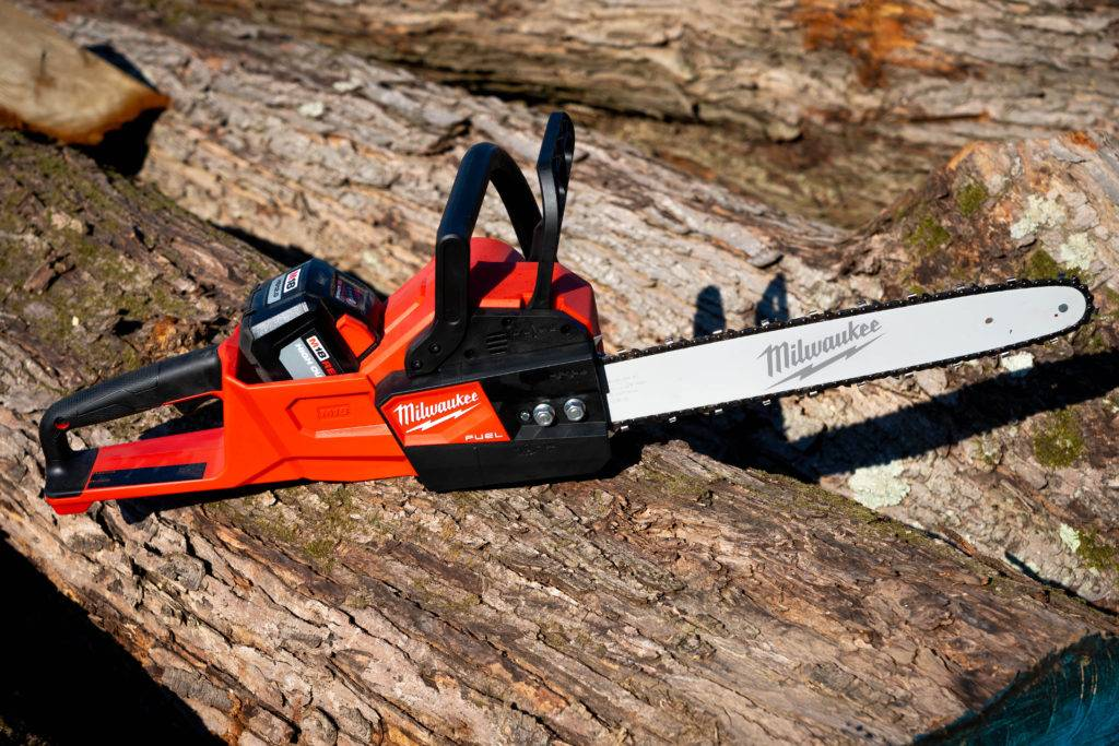Milwaukee Battery Powered Cordless Chainsaw