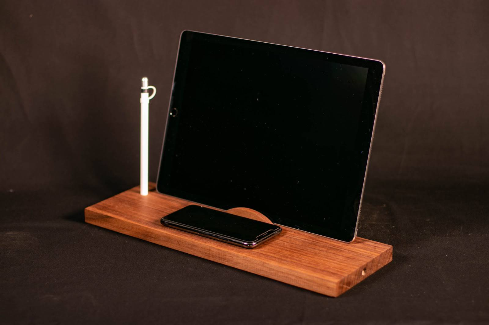 Wireless Charging Desk Organizer