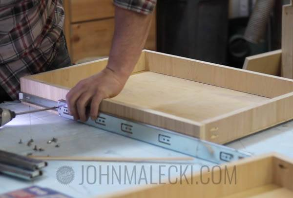 Table Saw Outfeed Table Step-16
