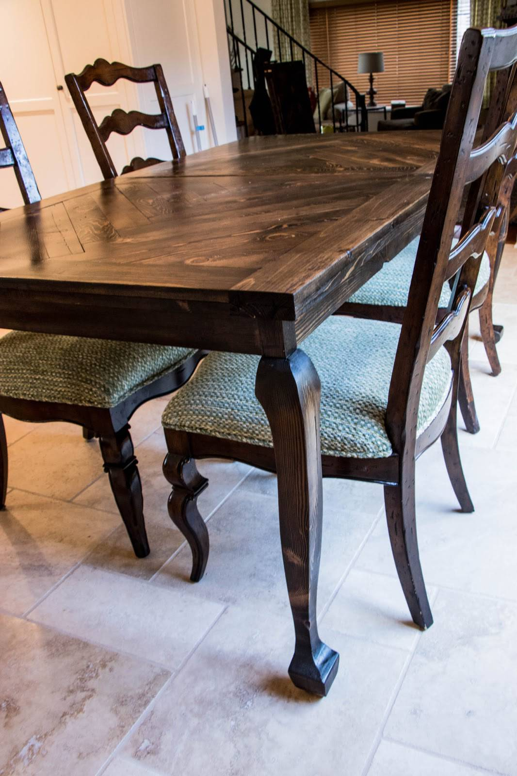 Cabriole Legs - Dining Table Complete 2