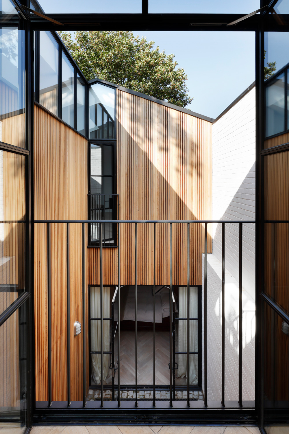 Complete redesign & refurbishment of a Victorian period conversion house in Holland Park, completed to a high specification with careful detailing and material finishes.
