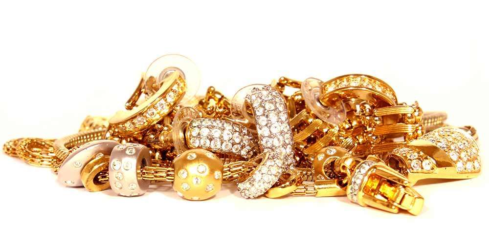 Pile of scrap gold jewelry