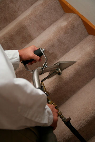 Steam carpet cleaning on stairs in San Antonio, TX