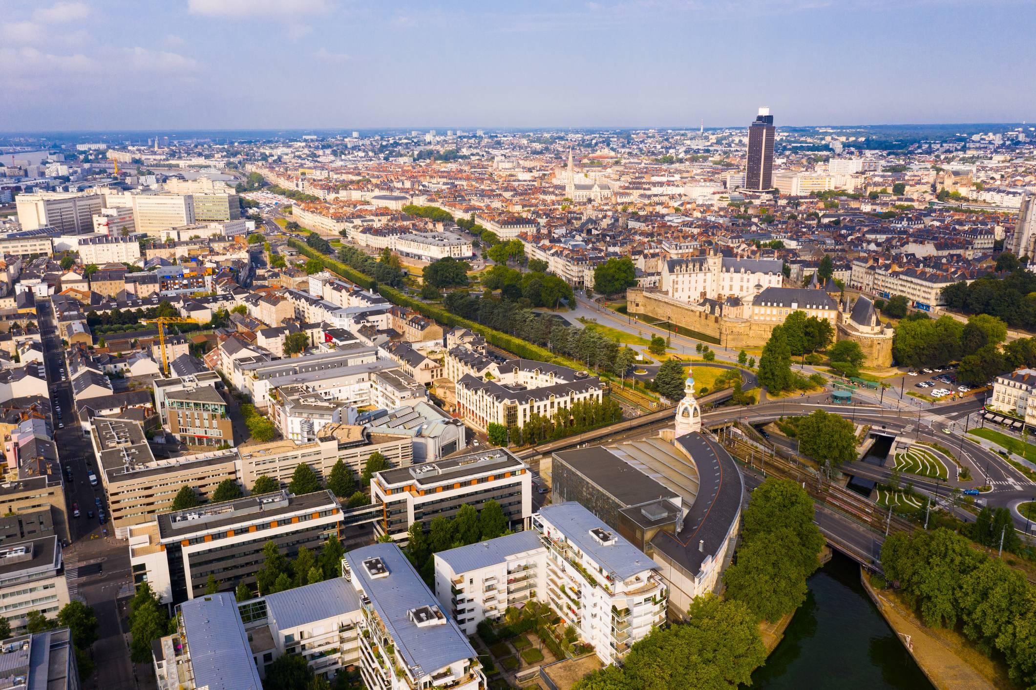 Greffe tribunal de commerce Nantes kbis