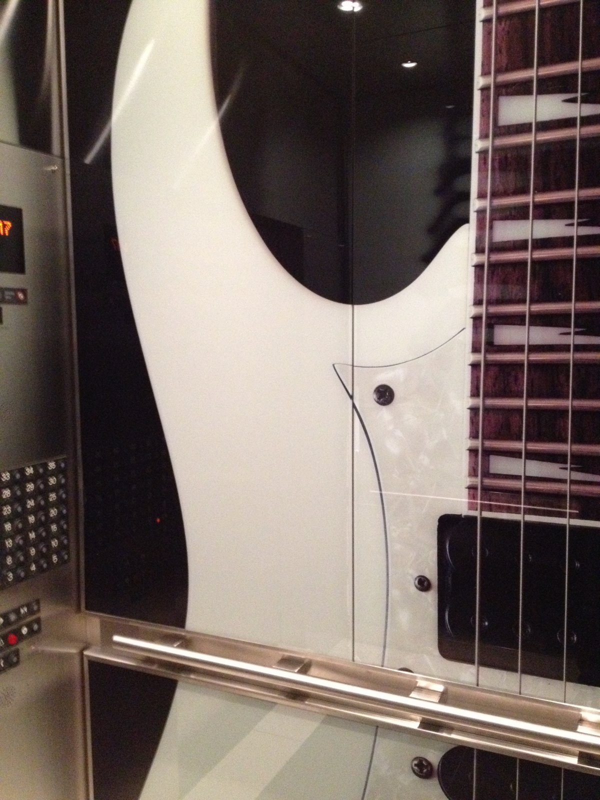 Guitar Elevator Wrap