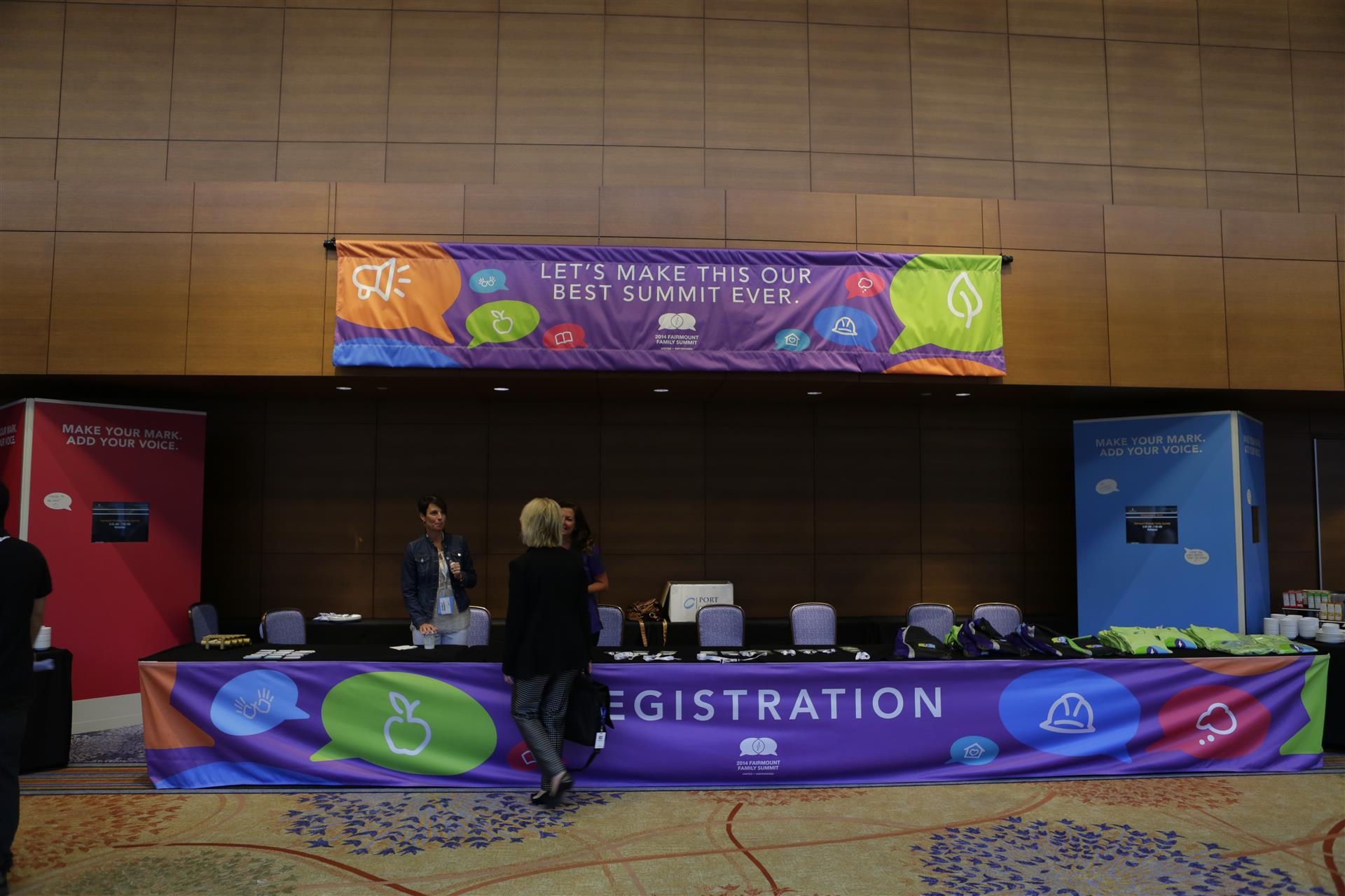 Registration Special Event Signs