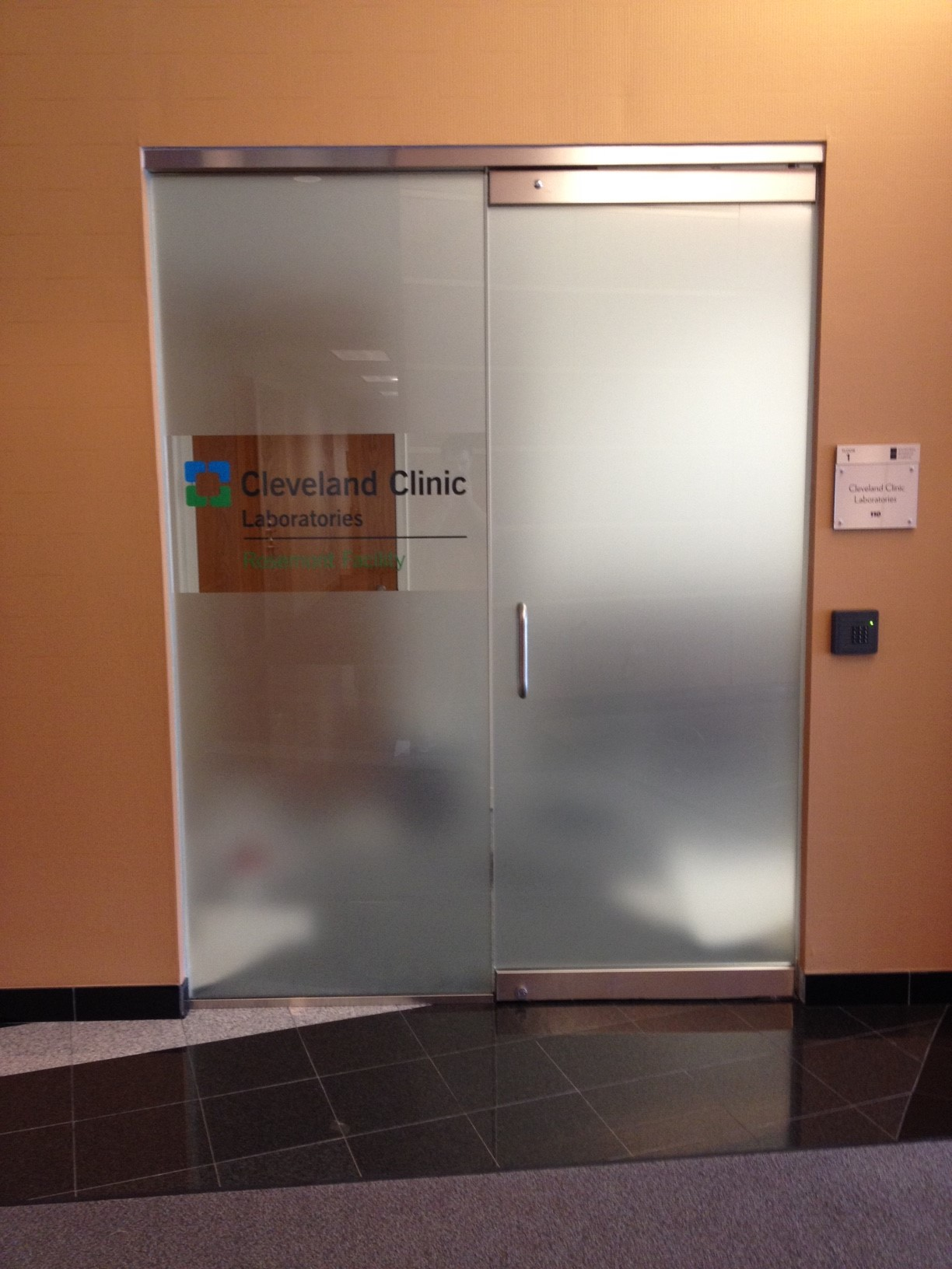 Cleveland Clinic Laboratories Conference Door Graphic