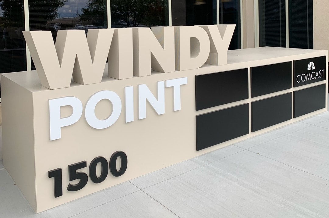 Build Your Brand With Building Signs