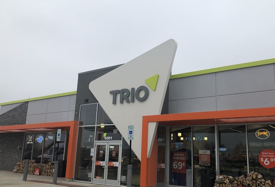 Trio Storefront Outdoor sign