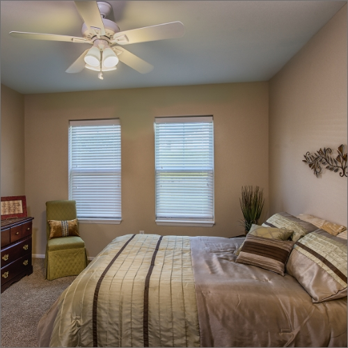 Independent Living Olathe bedroom