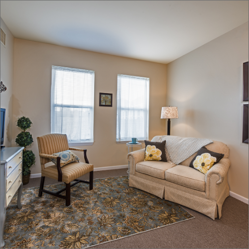 Assisted Living Olathe sitting room