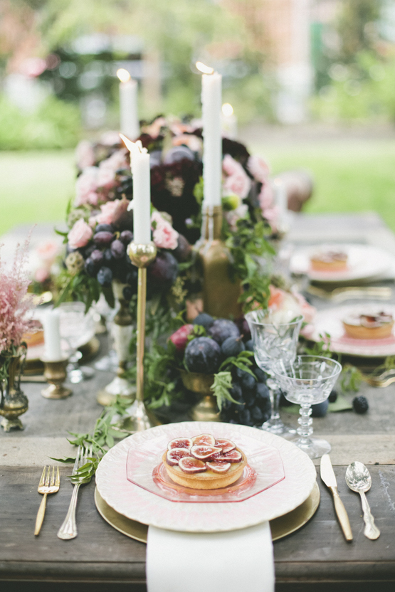 organic-wedding-decoration-idea-greece.jpg