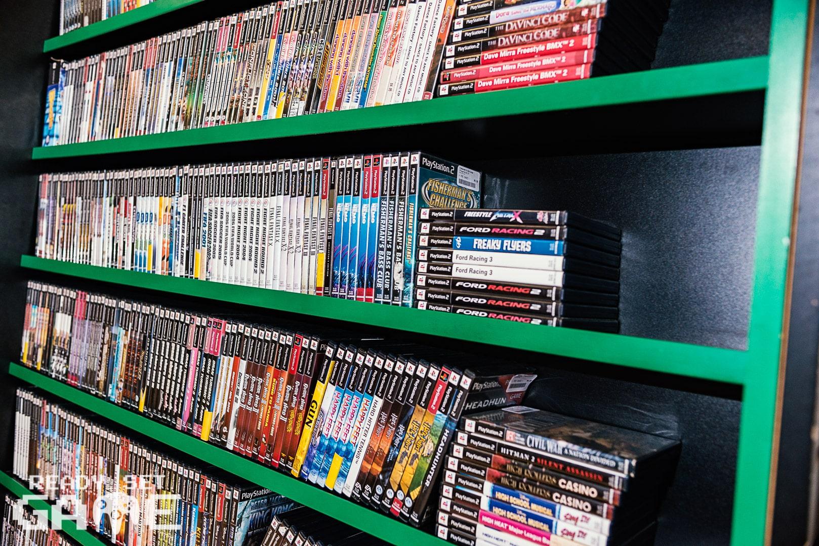 Ready set game videogame shelves.