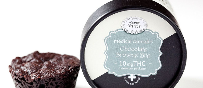 Auntie Dolores THC chocolate brownie bite
