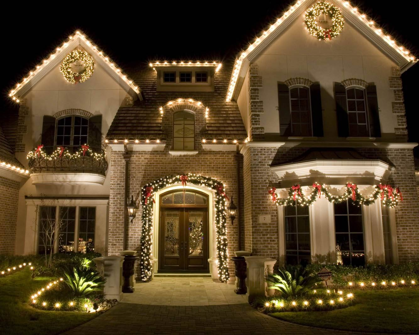 Christmas lights on a home in New Braunfels, TX
