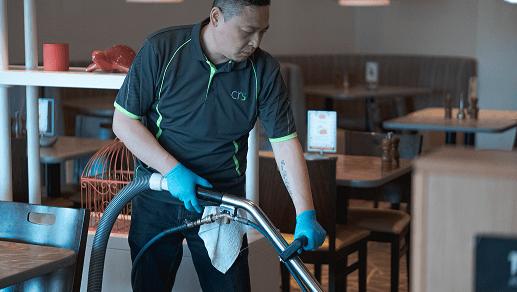 Employee hot water extracting