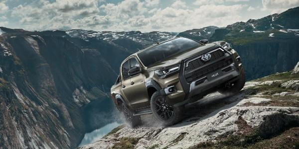Nová Toyota Hilux