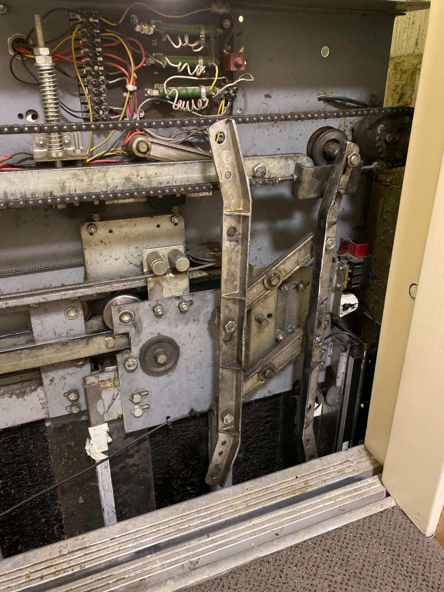 Lift Door Operation