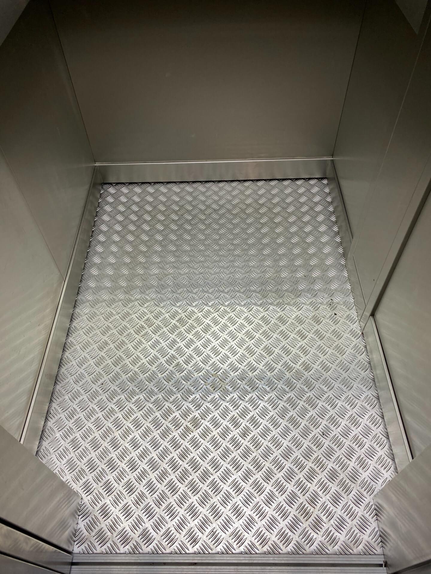 Lift Flooring