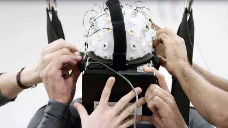 VR Healthcare Miracle Teaches Paraplegics to Walk