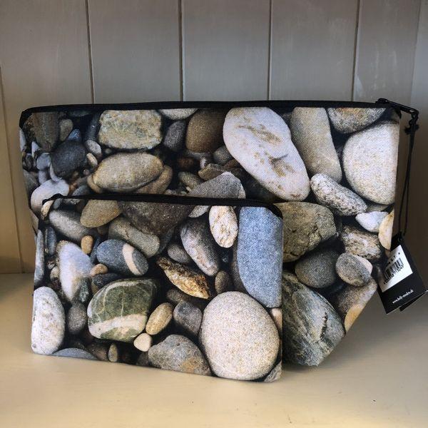 """""""Stone"""" Kulturtasche mit passendem Schminktäschchen"""