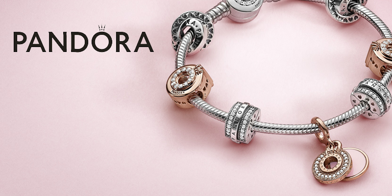 Pandora viert 20 jaar bedelarmband